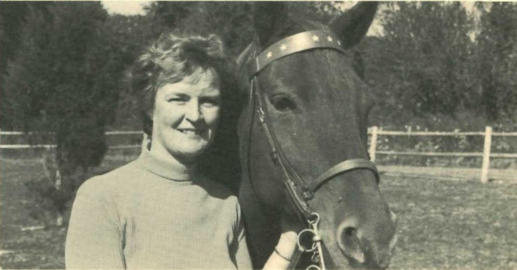 Elizabeth Lawrence with a horse